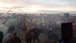 20tek crowd sunset rachels photo