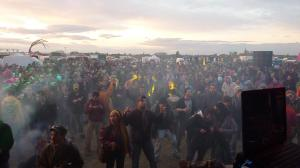 20tek crowd sunset rachels photo